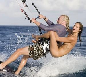 Ричард Брэнсон и модель Дэни Паркинсон фото 2