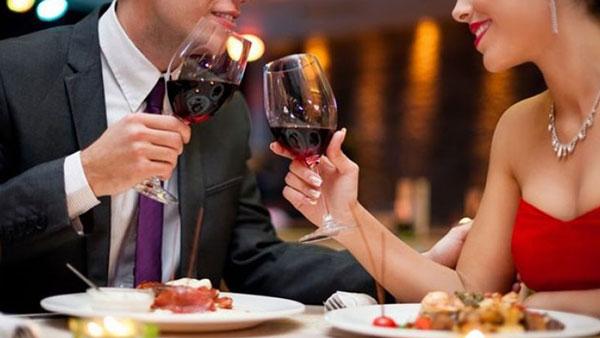 ресторан, муж и жена